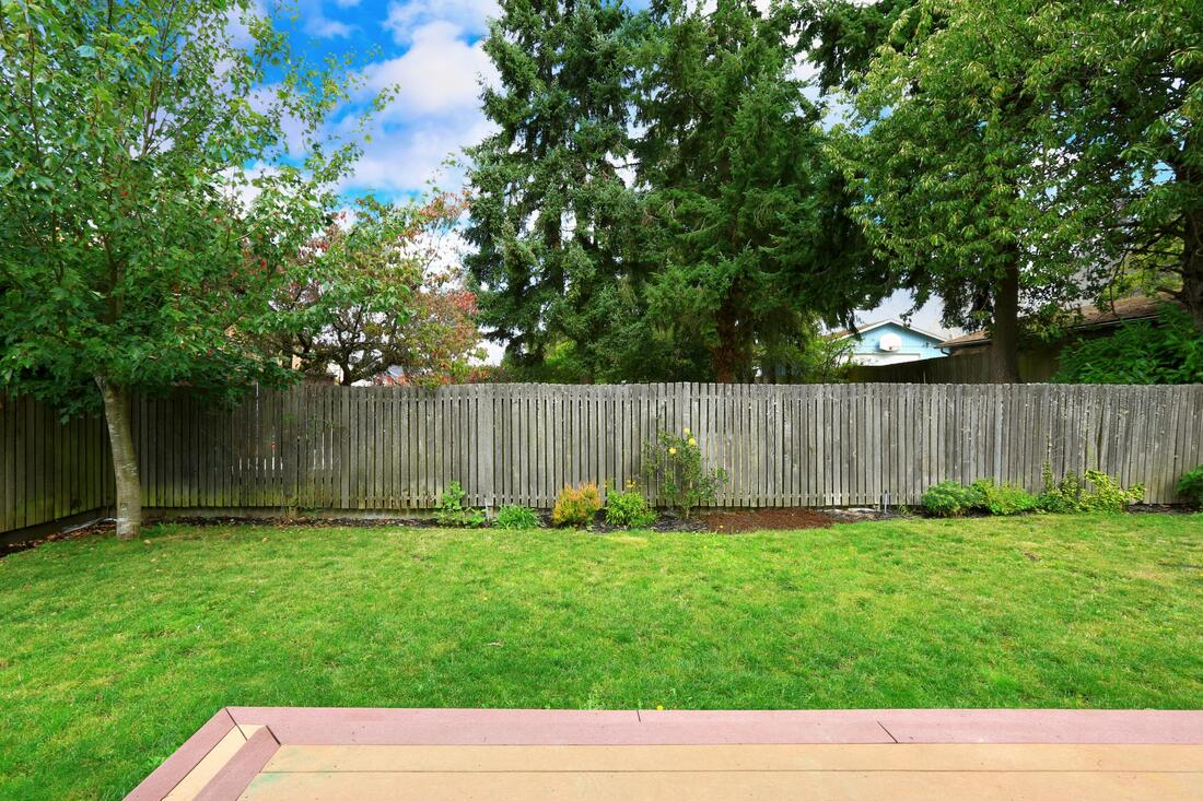professional fence installation and repair services